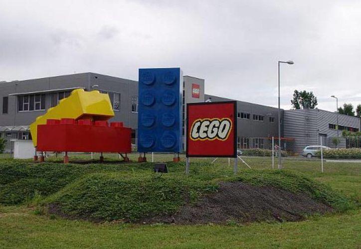 En la planta de Monterrey se encuentra una tercera parte de su capacidad de producción a nivel global de Lego. (Vanguardia)