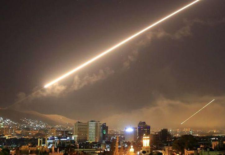 El ataque se produjo una semana después de que surgieran denuncias sobre el supuesto uso de productos químicos durante un bombardeo. (Foto: Reuters).
