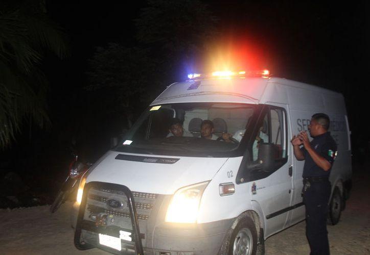 El cuerpo de la víctima mortal fue llevado al Semefo. (Redacción/SIPSE)