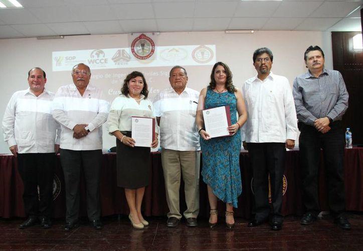 El Colegio de Ingenieros Civiles Siglo XXI de Yucatán firmó un convenio de colaboración con el Instituto Tecnológico de Mérida. (SIPSE)