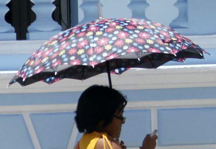 Para miércoles y jueves se espera que la temperatura máxima sea de 36 a 40 grados Celsius para Yucatán y Campeche. (SIPSE)