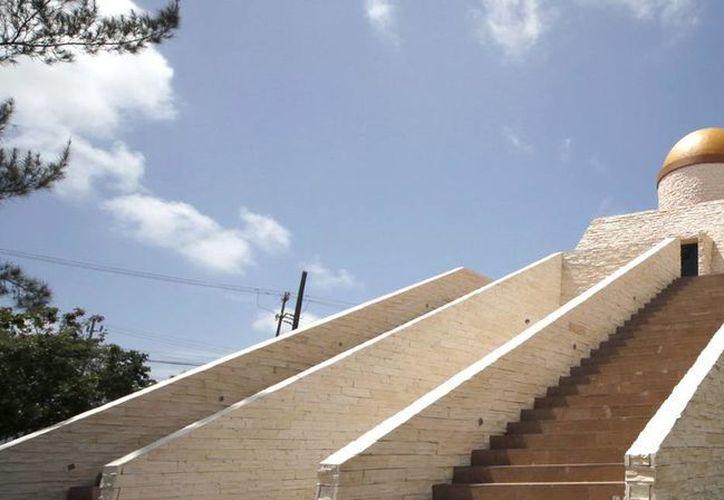 El Centro de Educación Climática fue cerrado por los desperfectos que ocasionó la lluvia de hace un año. (Jesús Tijerina/SIPSE)