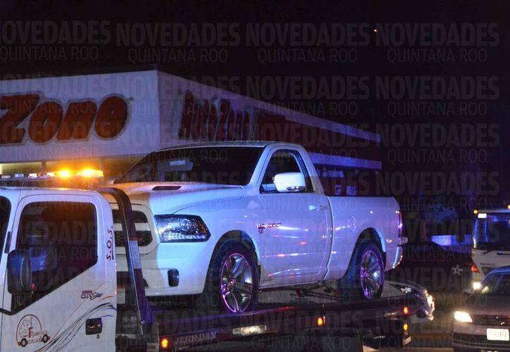 'El Dober' fue capturado en el estacionamiento de Autozone, sobre el bulevar Luis Donaldo Colosio.  (Eric Galindo/SIPSE)