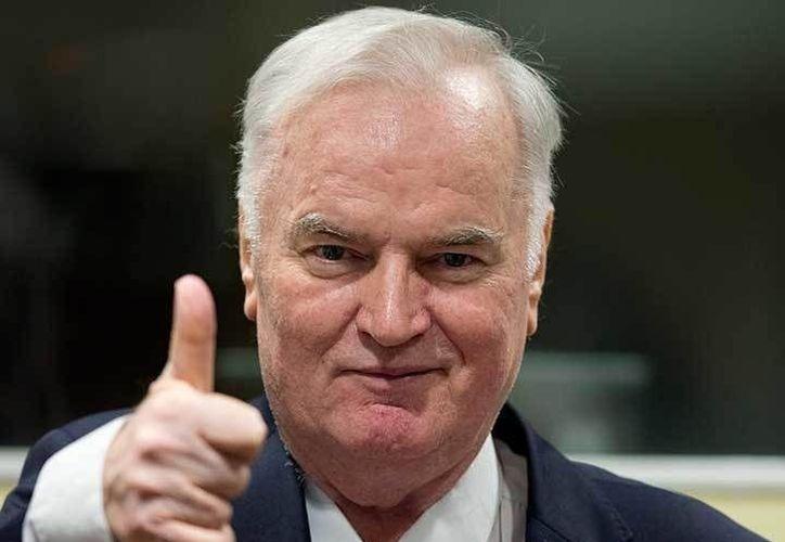 Dan cadena perpetua a Ratko Mladic, el 'carnicero de los Balcanes'. (Excelsior)