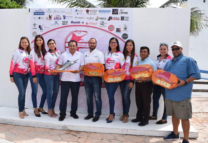La organización señaló que el torneo de pesca otorgará atractivos premios. (Raúl Caballero/SIPSE)