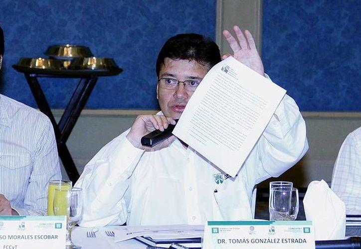 González Estrada: el Concytey invierte en promedio 1 mdp en capacitación de cada doctorado. (SIPSE)
