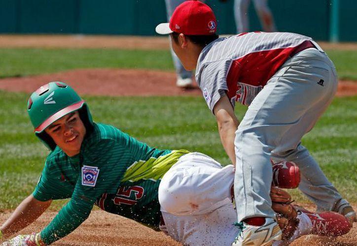 Japón enfrentará en la gran Final al ganador del último juego de Estados Unidos entre los equipos de Greenville, Carolina del Norte, y Lufkin, Texas. (Récord)