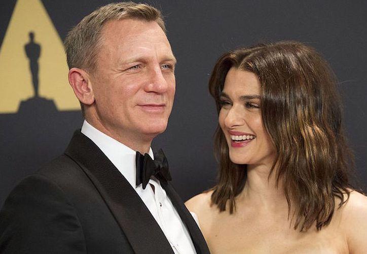 Rachel Weisz y Daniel Craig se convirtieron en padres de una niña. (Hola)