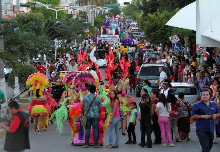 Los días lunes y martes próximos, las clases serán suspendidas por el carnaval. (Cortesía)