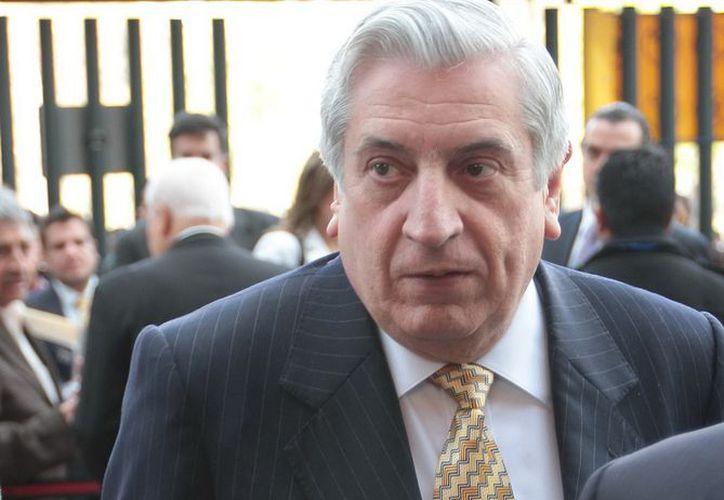 En Sesión Solemne ante la LX Legislatura, Arturo Núñez se convirtió en el mandatario número 68 de Tabasco. (Archivo Notimex)