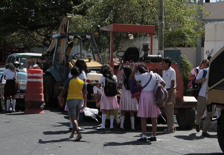 Los paros escalonados suspenderían clases en el municipio. (Tomás Álvarez/SIPSE)