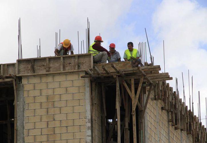 Los accidentes pueden dejar secuelas a los trabajadores. (Tomás Álvarez/SIPSE)
