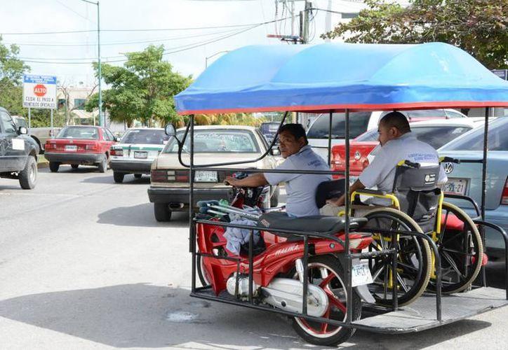 Cancunenses argumentan que el transporte es eficiente. (Foto: Redacción/SIPSE).