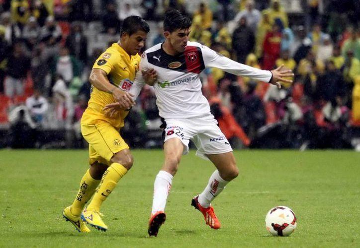 Las Águilas del América reciben en la cancha del Estadio Azteca al Alajuelense de Costa Rica dentro de la Concachampions. (Notimex)
