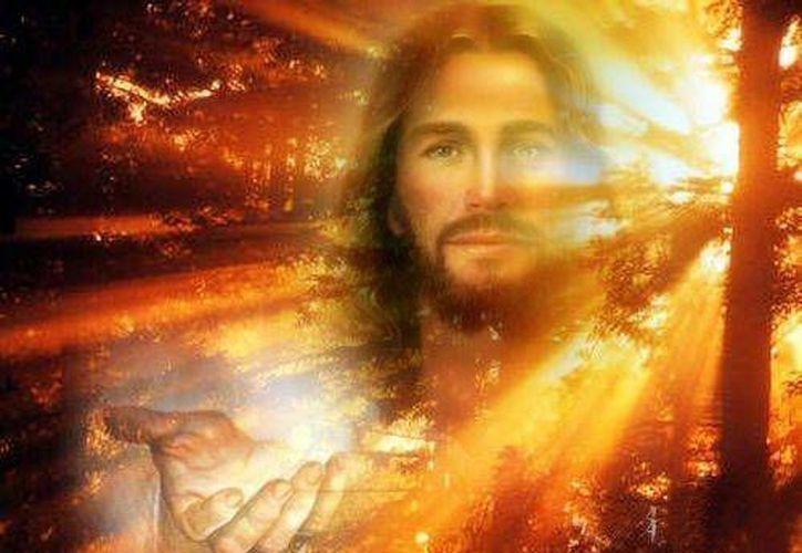"""La Eucaristía sigue siendo """"piedra de toque"""" para la fe. Ante ella se definen los campos de creyentes. (obrerofiel.com)"""