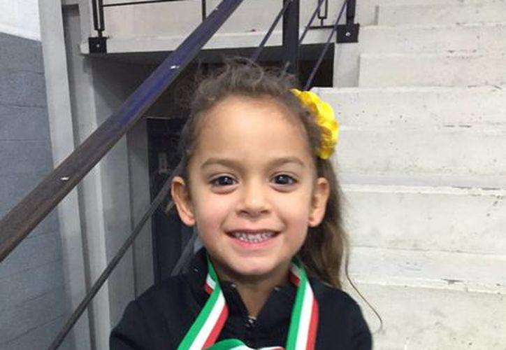 María Fernanda Gamboa Maldonado terminó en la primera posición de Debutantes 1, Preinfantil B al agenciarse el primer puesto con una puntuación de 11.99. (Milenio Novedades)