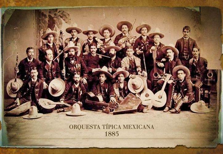 La Orquesta Típica de la Ciudad de México, fundada en 1884, deleitará este domingo a quienes visiten el Museo José Luis Cuevas. (radioinah.blogspot.mx)