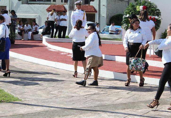 En la actual administración estatal no se ha realizado el evento; sólo desfilarán los telefonistas y empleados del Monte de Piedad. (Joel Zamora/SIPSE)