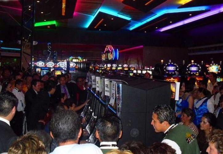 Los 7 casinos que hay en Mérida han sumado desde enero hasta octubre 120 mdp para las arcas estatales, en parte porque la gente ha apostado más de lo esperado. (SIPSE)