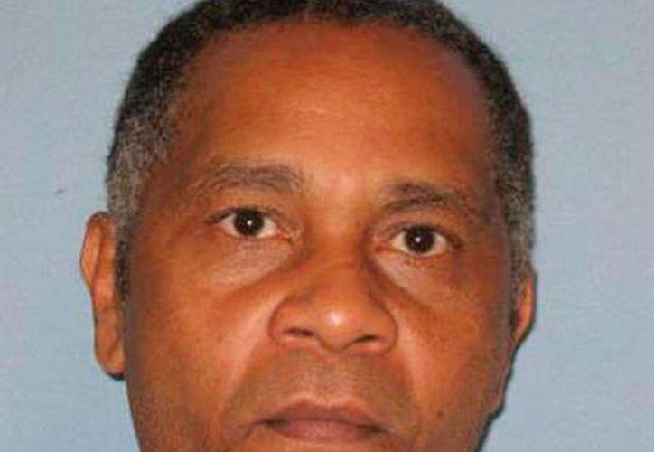 Anthony Ray Hinton pasó 30 años en la cárcel, en espera de ser ejecutado. Finalmente, este viernes saldrá libre por inconsistencia en las pruebas que lo incriminan, en Alamba, Estados Unidos. (AP/Archivo)