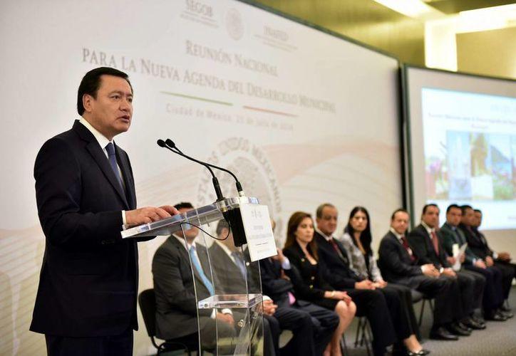 El Secretario de Gobernación, Miguel Ángel Osorio Chong, encabezó la inauguración de la Reunión Nacional para la Nueva Agenda del Desarrollo Municipal. (Notimex)