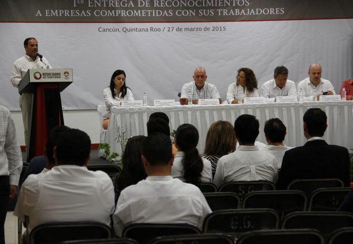 Eligieron y reconocieron a 16 empresas del Estado por el apoyo que han brindado a los trabajadores. (Tomás Álvarez/SIPSE)