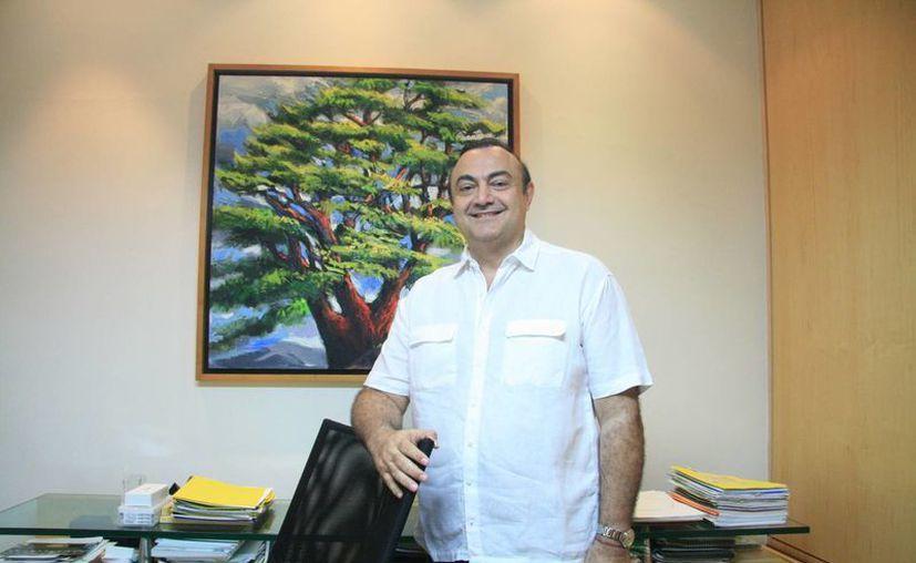 """""""Los descendientes de libaneses ya formamos parte de las actividades sociales, económicas, culturales, empresariales, humanistas, arte, altruismo, etc. en Yucatán"""" dijo Abraham Mafud. (Milenio Novedades)"""