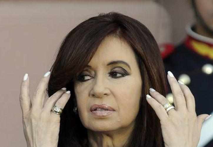 La presidenta de Argentina, Cristina Fernández de Kirchner, pondrá fin a ocho años de gobierno este jueves. Su equipo confirmó que la mandataria no asistirá a la asunción de su sucesor por fricciones protocolarias. (Agencias)