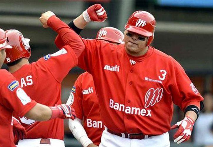 La Serie de Luis Miguel ha causado gran euforia entre los mexicanos y esta vez llegó al béisbol con los Diablos Rojos. (Contexto/Internet)