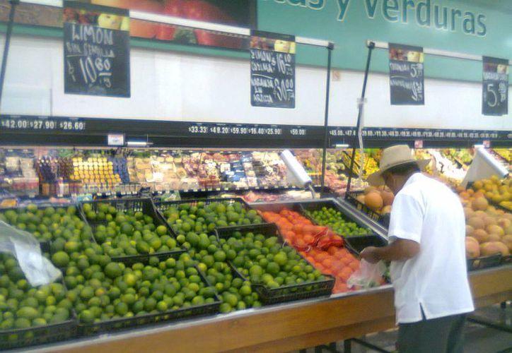 La demanda de productos foráneos continuará ante la ineficiente producción agrícola local. (Harold Alcocer/SIPSE)