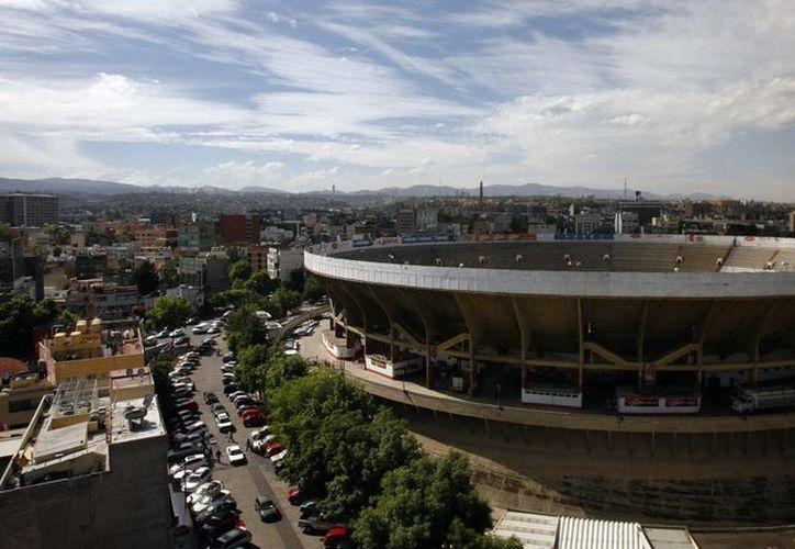 Vista general de la Monumental Plaza de Toros de la Ciudad de México, en donde este jueves se celebró su 69 aniversario. (EFE)