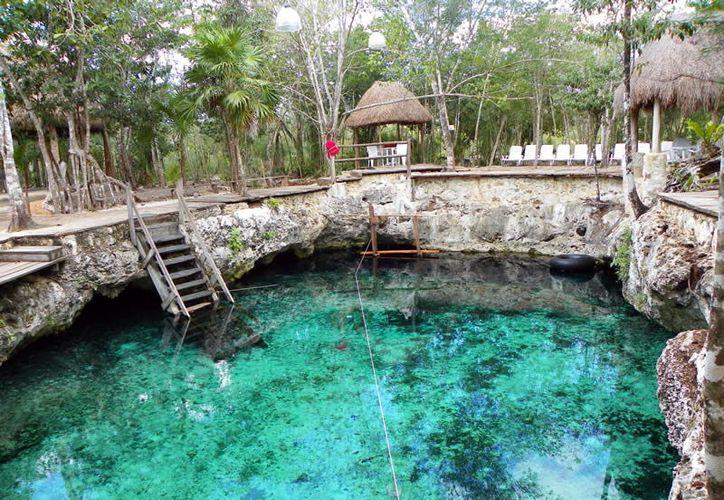 Los turistas buscan los atractivos naturales para disfrutar sus días de descanso. (Foto: Milenio Novedades)