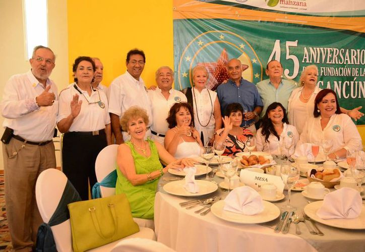 Cancún permitió el crecimiento profesional, familiar y económico de los fundadores. (Victoria González/SIPSE)