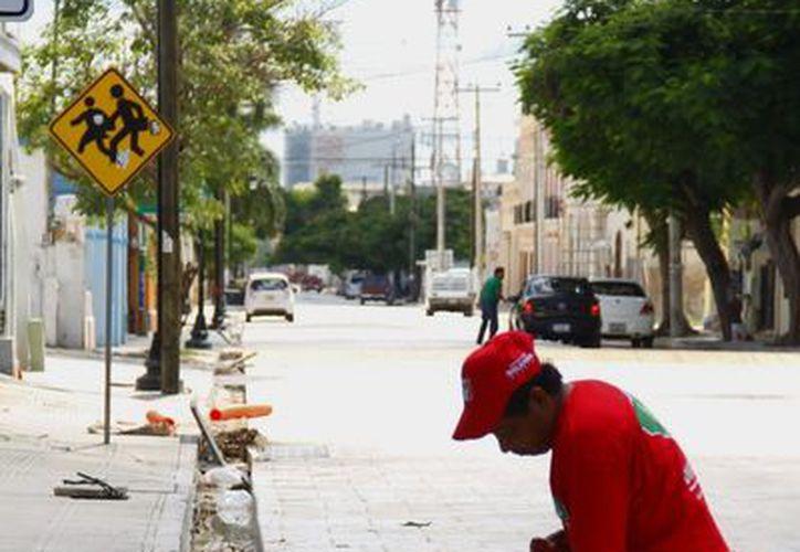 Actualmente sólo se labora en el tramo de la calle 59 en la parte del Centenario. (Archivo/SIPSE)