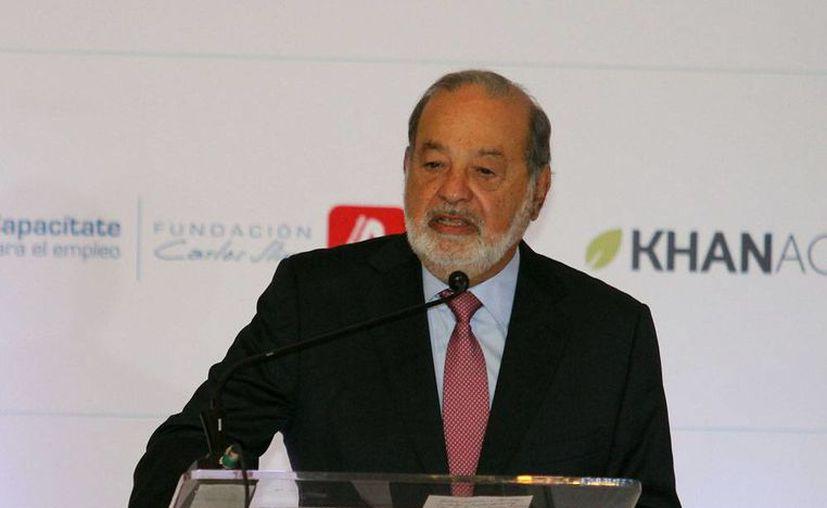 Carlos Slim aseguró, durante su participación en el foro Bloomberg: México hacia 2017, que es necesario y debe ser prioridad fortalecer la economía interna. (Foto de contexto del archivo de Notimex)