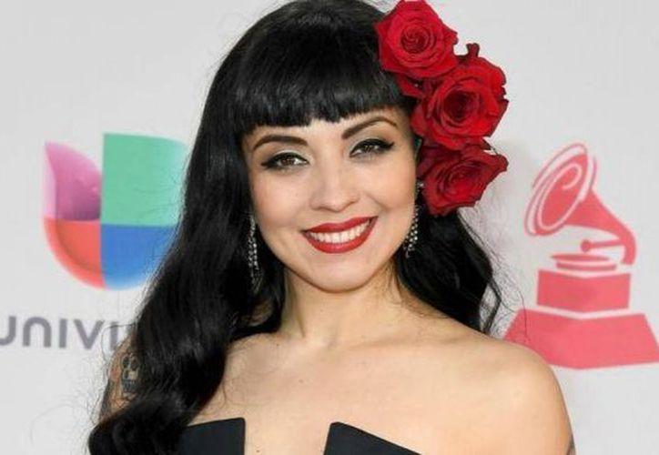 La cantante chilena Mon Laferte es radicada en México. (vanguardia.com)