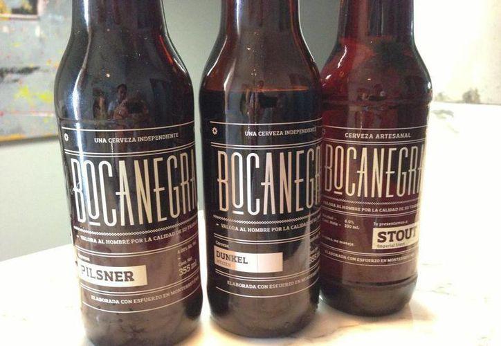 La compañía de la cerveza Bocanegra presentó su convocatoria abierta a todo el público en la página de Internet www.cervezabocanegra.mx, donde los ganadores podrán ser asesorados por grandes mentores en compañías incipientes o StartUps y ganar hasta 180 mil pesos. (Facebook Cerveza Bocanegra)