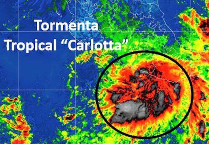 Carlotta ocasionará tormentas  muy fuertes con puntuales intensas en Michoacán, Guerrero, Oaxaca, Chiapas. (Twitter)