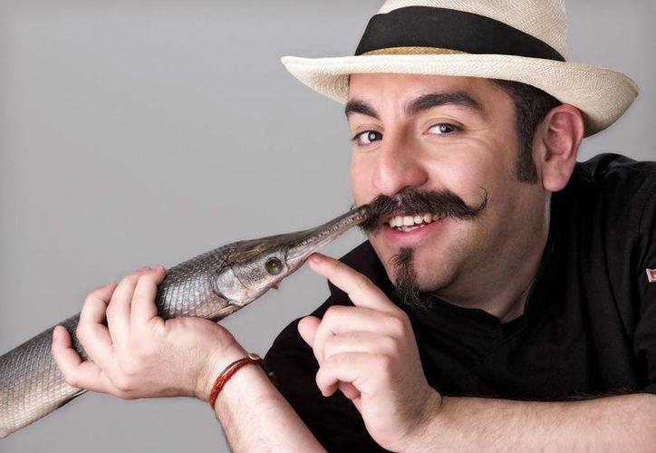 """El cocinero Aquiles Chávez ofrecerá la conferencia """"La vida de un chef en la televisión"""". (Milenio Novedades)"""