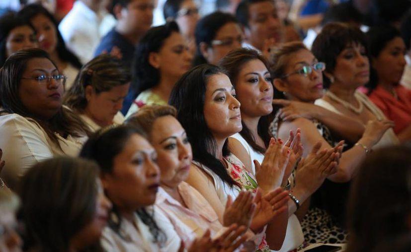 El Tribunal Electoral, el INE y la Fepade se unieron para combatir la violencia de cualquier tipo contra las mexicanas. (Archivo/Notimex)