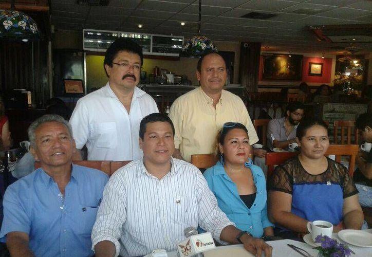 Los aspirantes a encabezar el Comité municipal del blanquiazul en Othón P. Blanco, comenzaron sus acciones proselitistas. (Jorge Carrillo/SIPSE)