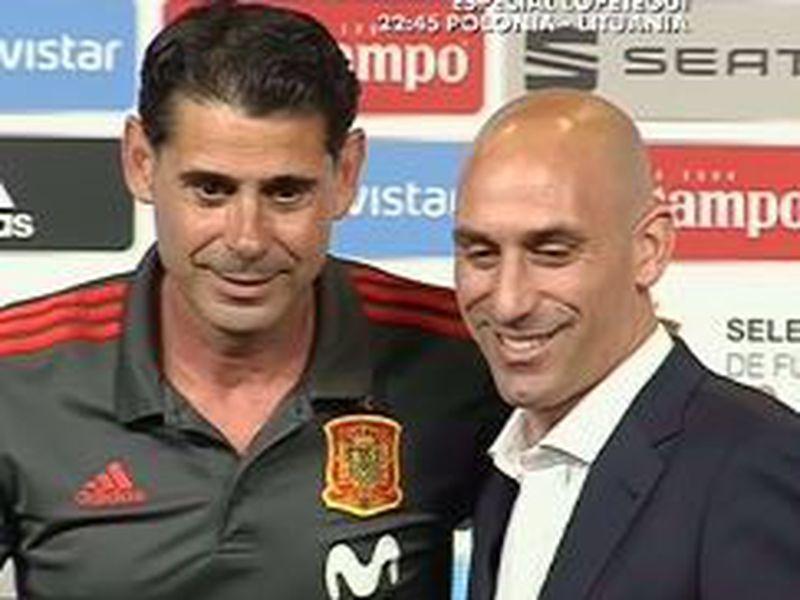 Fernando Hierro es el nuevo entrenador de España, a unas horas del inicio del Mundial y a unos días de su choque ante Portugal (Foto: marca)