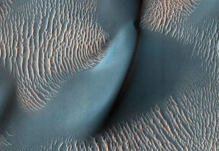 Imagen tomada por la cámara de alta resolución (HiRISE) de la sonda Mars Reconnaissance Orbiter (MRO) y facilitada por la NASA. (Archivo/EFE)