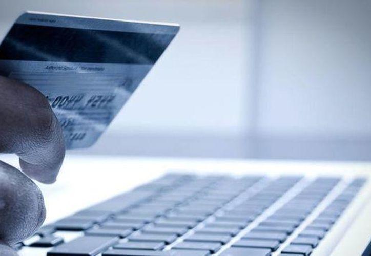 Verificar la certificación del sitio web desde donde se compra, es una de las claves para hacer transacciones seguras online. (Contexto/Internet)