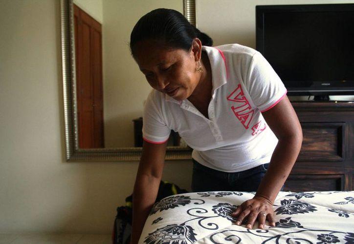 Los trabajadores certificados tienen acceso a mejores sueldos. (Adrián Barreto/SIPSE)