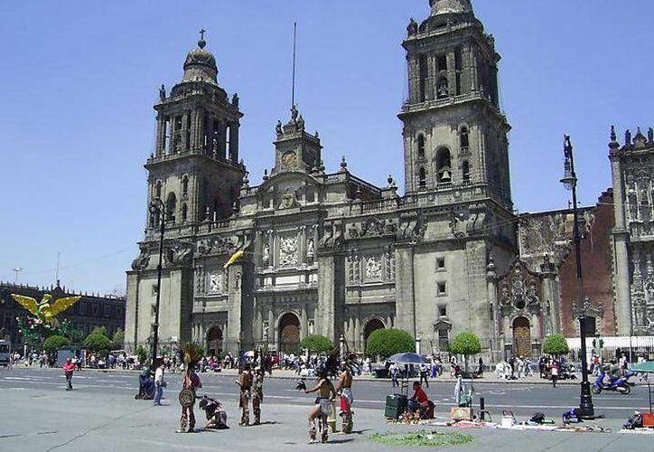 La Catedral Metropolitana es considerada el complejo arquitectónico religioso virreinal más bello de América. (ciudaddeméxico.com.mx)