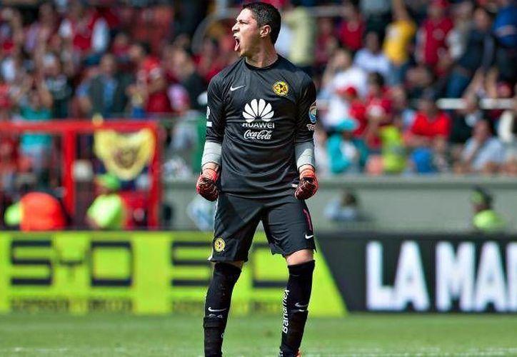 Ante la baja de Moisés Muñoz, Hugo González mantiene resguardada la meta águila de buena forma ayudando al equipo en su subliderato. (Archivo Mexsport)