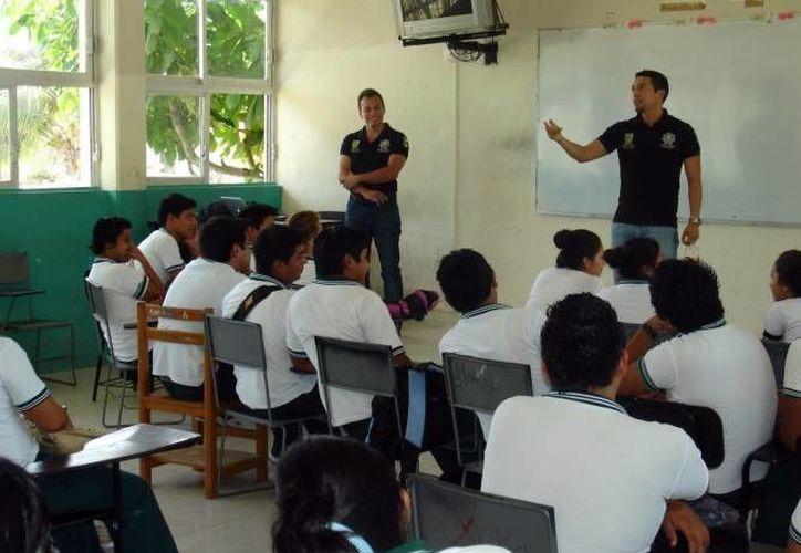 La cultura de la prevención se fomenta en los alumnos yucatecos. (Milenio Novedades)