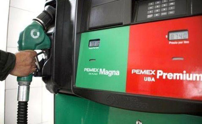Este martes se mantendrá el precio de los combustibles en la diferentes regiones, de acuerdo con la Comisión Reguladora de Energía. (Foto: CRE)