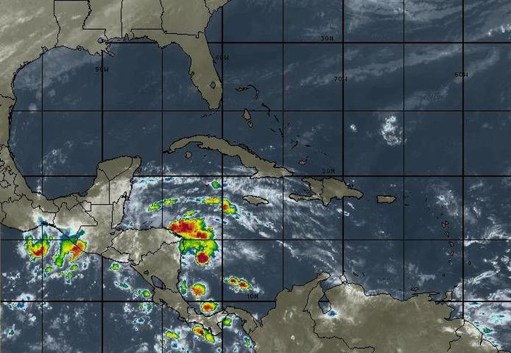 Prevén un 80% de probabilidad de lluvia para Playa del Carmen. (Redacción/SIPSE)